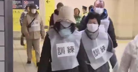 日 미사일 대피훈련 중단…아베도 김정은에 '손짓'