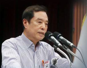 """""""112명이 잽 날려야"""" 정부 때리며 뭉치는 한국당"""