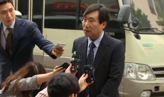 [오픽]채동욱 만난 '文의 남자'…총선 큰 그림?