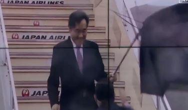 [순간포착]이낙연, 우산 뒤집어져도 함박 웃음
