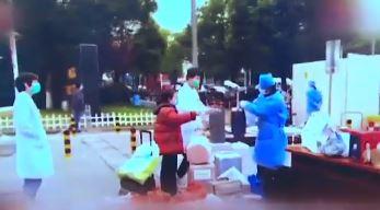 """[세상터치]中 4천명 병원 '통째 격리' / 트럼프 """"정권 이양 협력"""""""