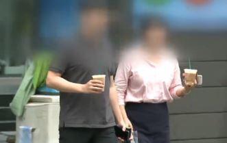 """""""커피 마시기도 눈치 보여요""""…달라진 근무 풍경"""