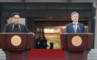 늦어지는 '종전선언'…靑, 9월 유엔총회서 재추진