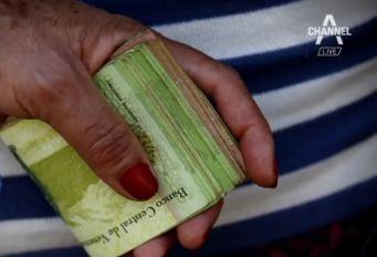 버스 요금이 '지폐 한 뭉치'…베네수엘라 경제난