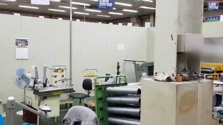 노조끼리 갈등에 가림막 설치…관리직 생산 투입