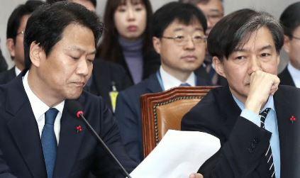 """""""말 바꾸기…정상 업무""""…의혹 해소 안되는 해명들"""