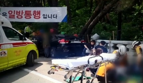 70대 운전자 인파 덮쳐…수간호사의 안타까운 참변