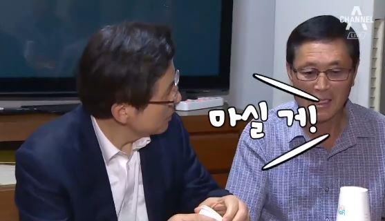 [순간포착] 총선 표를 잡아라…'동네 민심잡기' 경쟁