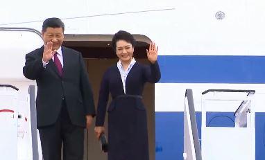 북중 정상, 밀월 관계 과시…비핵화 협상 4자 구도 가....