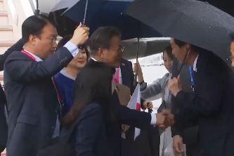 일본의 G20 의전…홀대인 듯 아닌 듯 논란의 장면들