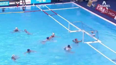 한국 여자 수구 대표팀 이번엔 세 골…중2 막내가 해냈....