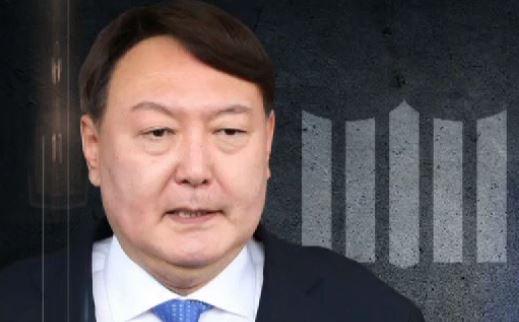 문무일 떠나고 '윤석열 시대'…'권력 교체' 첫 인사 ....