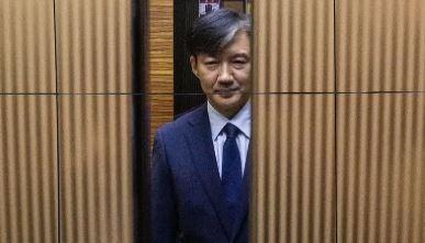 조국, 이틀 연속 사과…'재탕' 개혁안으로 국면전환 탐....
