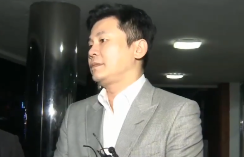 """[333 뉴스]14시간 조사받은 양현석 """"회삿돈 안 썼...."""