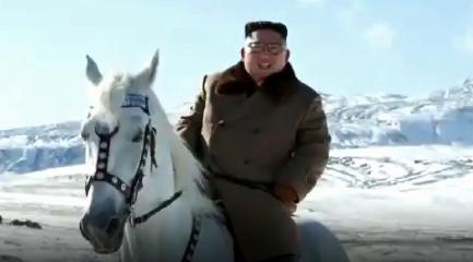 [순간포착]백마 타고 백두산 찾은 김정은