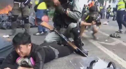 [글로벌 뉴스룸]홍콩 경찰, 시위대 200명 '폭동죄'....