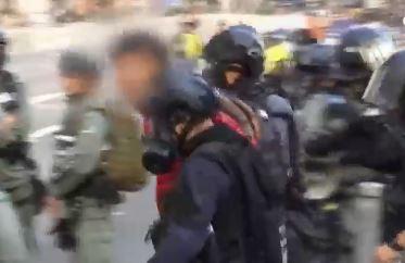 [글로벌뉴스룸]일부 시위대 행진 대열 이탈하자 경찰과 ....