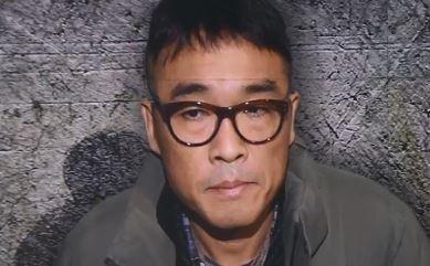 """김건모, 묵묵부답 출석…""""오래된 일, 기억 없다"""" 진술"""