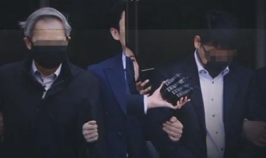 [리액션 뉴스]'신생아 낙상사망 은폐' 의사들 법정 구....