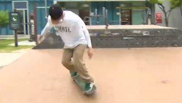 [고수를 찾아서]오뚝이처럼 '벌떡'…스케이트보드로 배운....