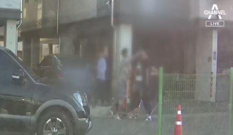 """""""차 빼달라""""했다고…5살 딸 앞에서 폭행당한 아빠"""
