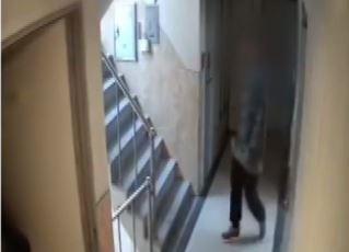 '신림동 사건' 주거침입 혐의만 유죄…성폭행 미수는 무....