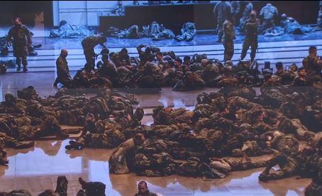 워싱턴은 '전시상태'…의사당은 군인들 주둔 막사