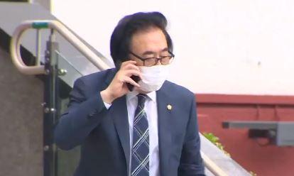달랑 3줄짜리 사과문…서울시의원 운전기사만 면허 정지?