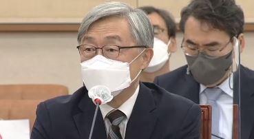 """최재형, 여론조사 5위 진입…""""생각 정리해서 밝히겠다"""""""