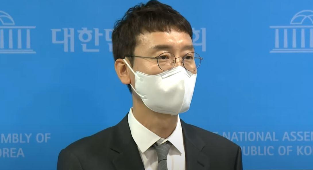 """김웅 """"최초 폭로자, 지금은 다른 당 캠프에 있다"""""""