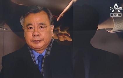 박영수 친척 소환 조사…100억 자금 거래 의혹 풀리나