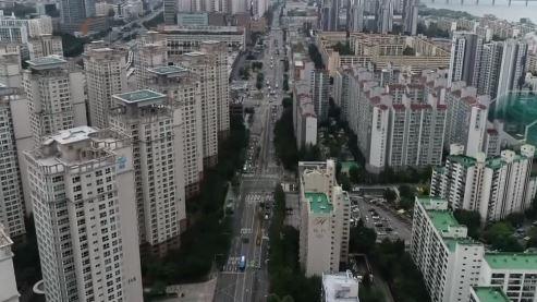 집값 상승세 '멈칫'…강남 3구·소형 아파트는 올랐다