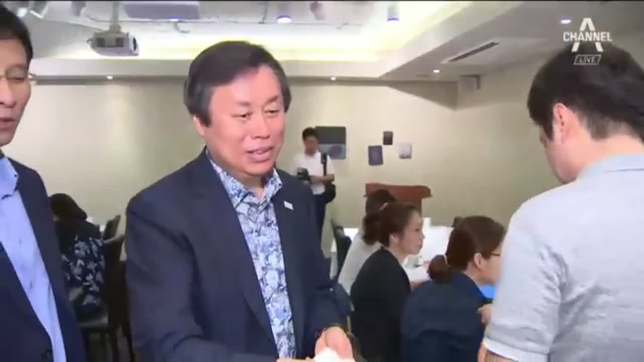 """도종환 """"북한에 2032년 올림픽 공동 개최 제안"""""""
