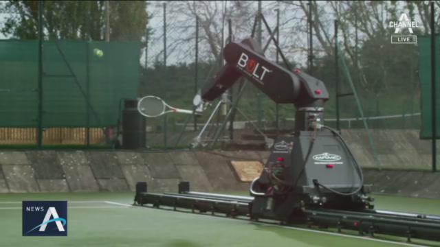 [오늘의 영상]테니스 치는 로봇 선수…드리블에 몸싸움까....